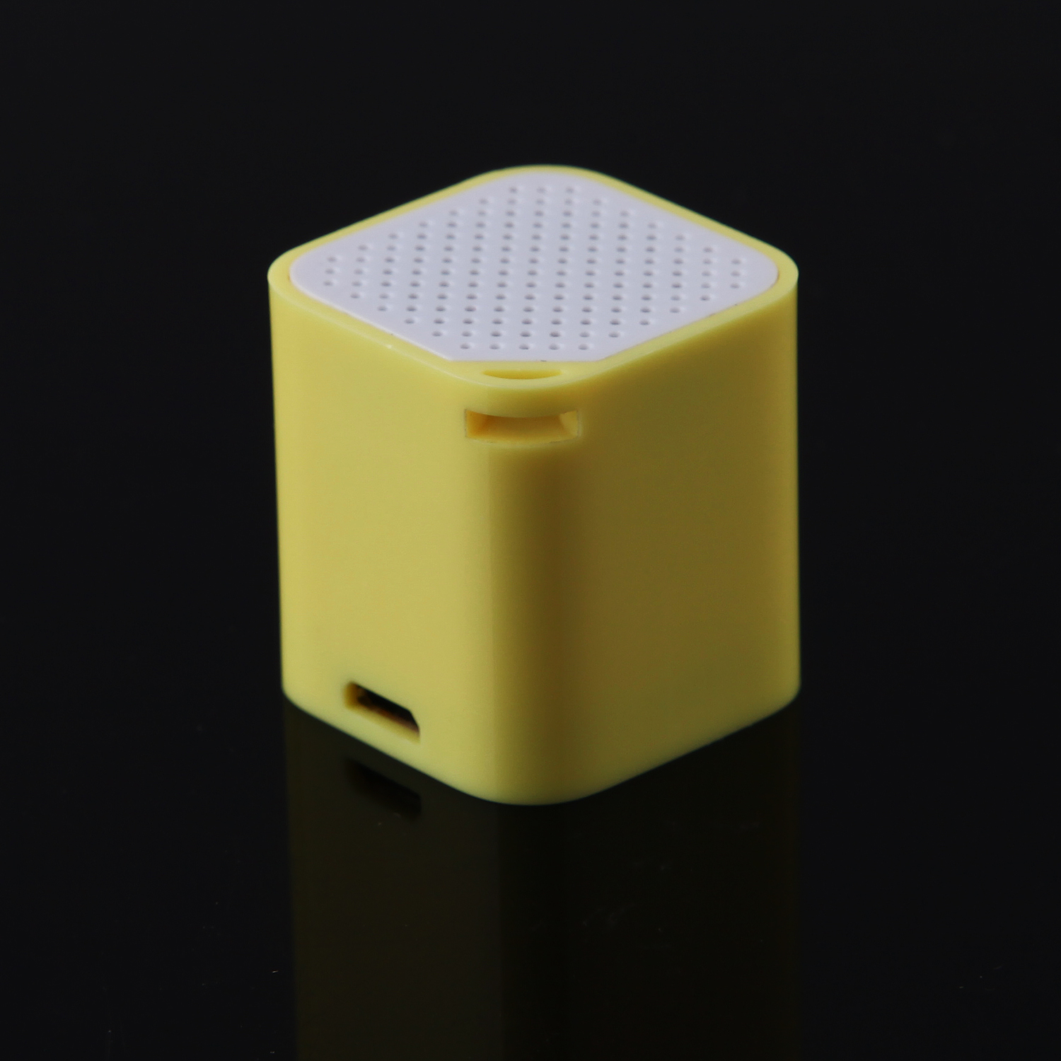 Bluetooth Speaker Music Player with Anti-Lost Camera Remote Shutter Function Yellow