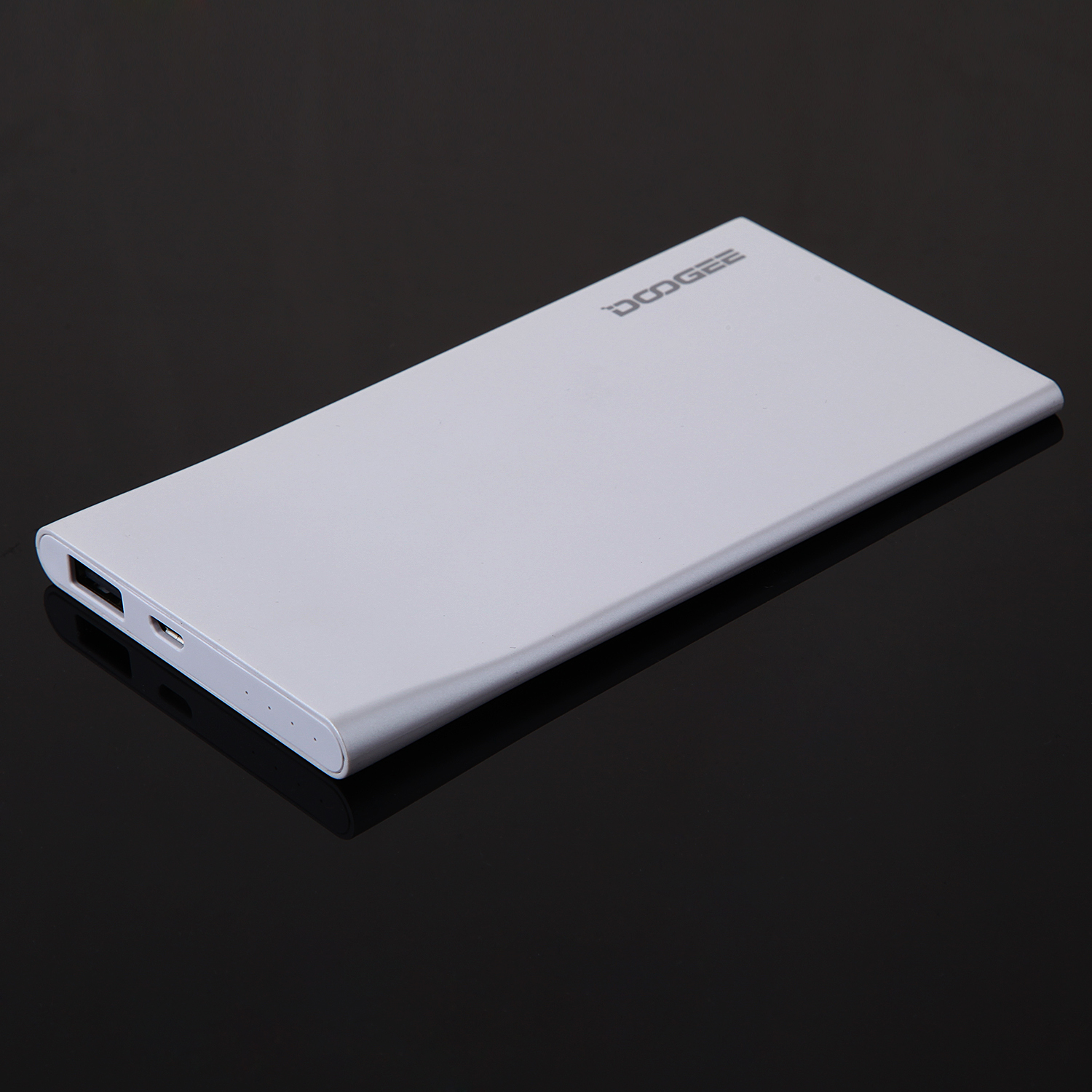 Ultrathin DOOGEE 5V 1A 2500mAh Power Bank for Smart Phone Tablet PC Silver