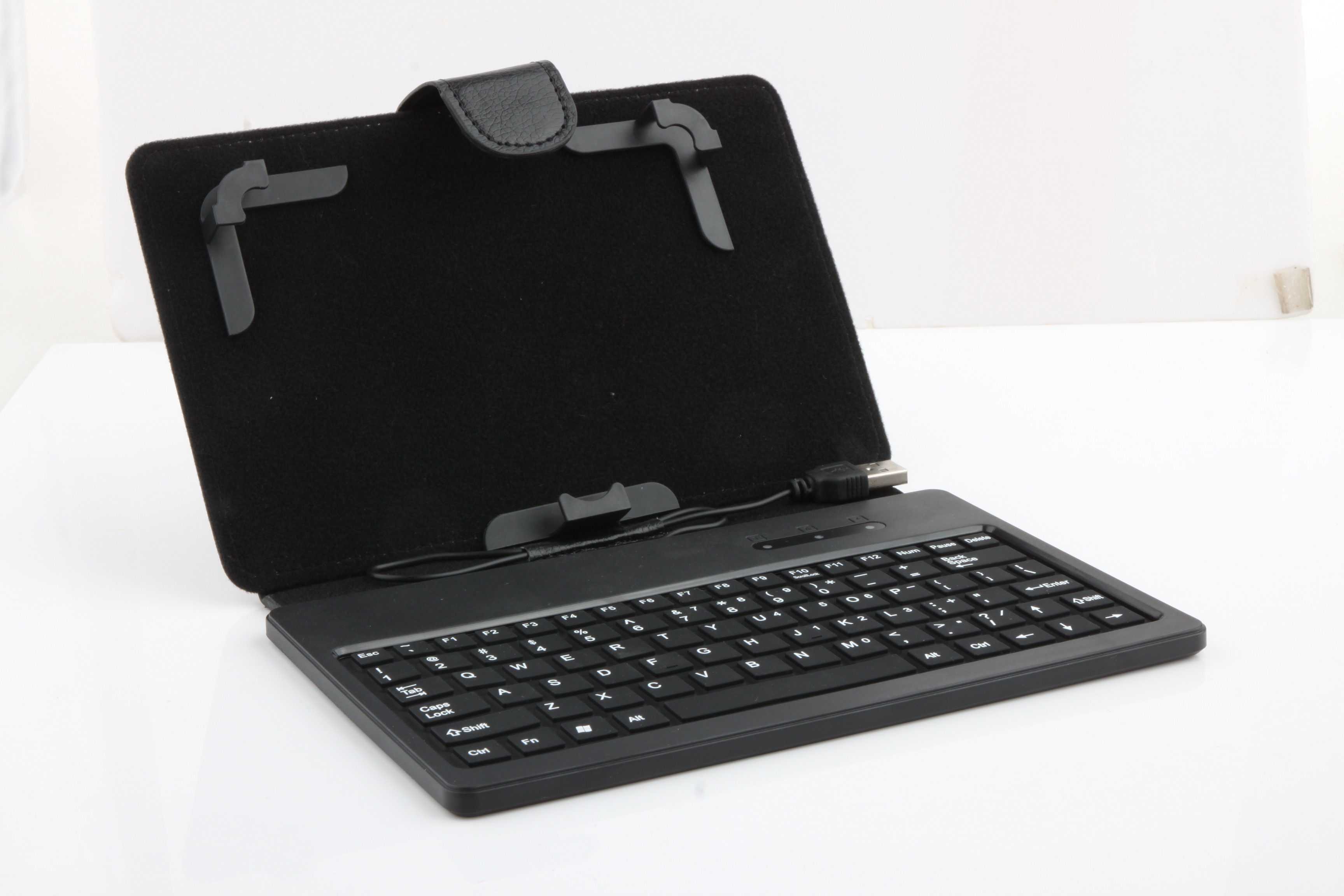 Brand New Leather Case with Keyboard and Mini USB Interface for 7 inch Tablet PC Black